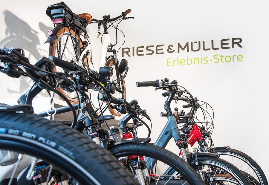 ekf19Riese-und-Mueller-Erlebnisstore-Fahrrad-Kuechler